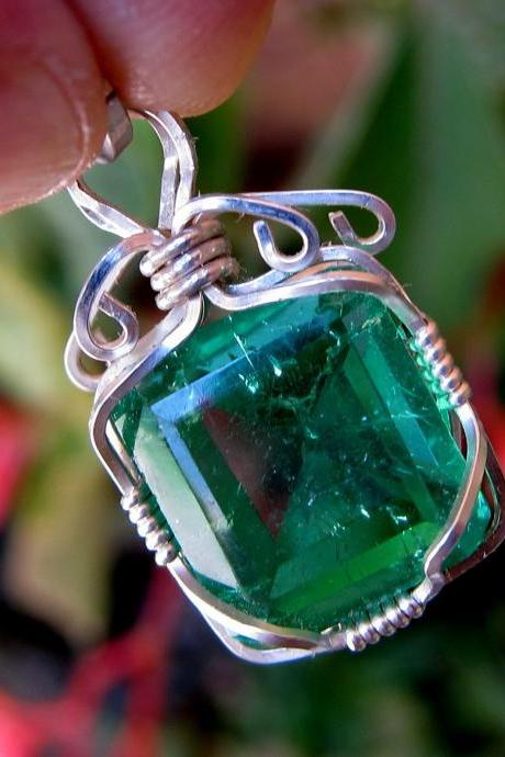 emerald jewelry emerald pendant emerald necklace
